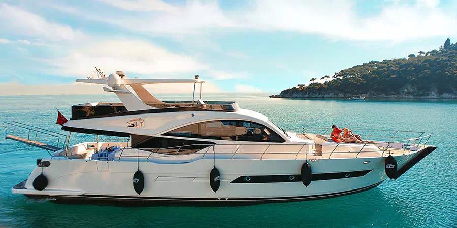 Istanbul Luxury Yacht Charters Istanbul Luxury Yacht Cruises Private Istanbul Yacht Tours
